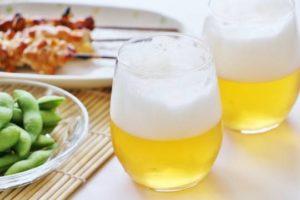 ビール、ワイン、アルコール飲料などのお酒